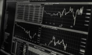 Borsada Kime Yatırım Yapmalıyız?